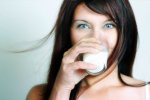woman-with-milk-glass