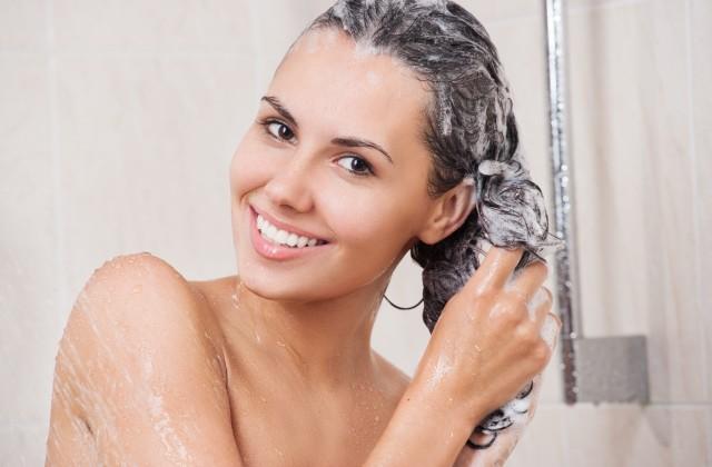 lavar cabelo
