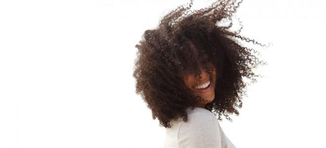 Hidratação cabelos cacheados