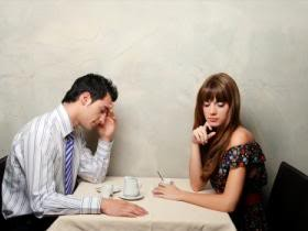 bth_Couple-talking