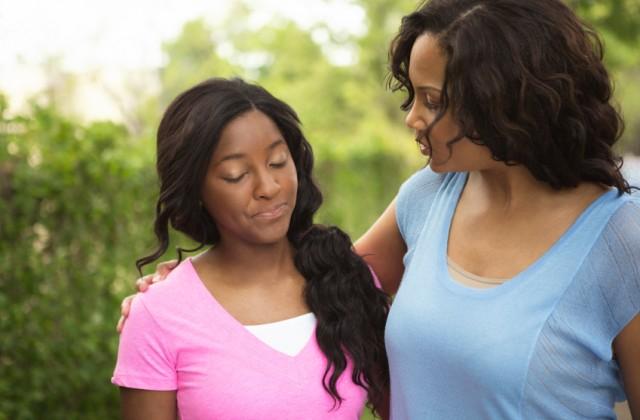 Para que você consiga manter diálogo com o adolescente, é necessário ouvir as suas ideais. Foto: iStock, Getty Images