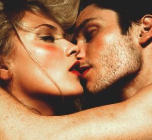 Faire-l-amour-toute-la-nuit-comment-tenir_article_visuel