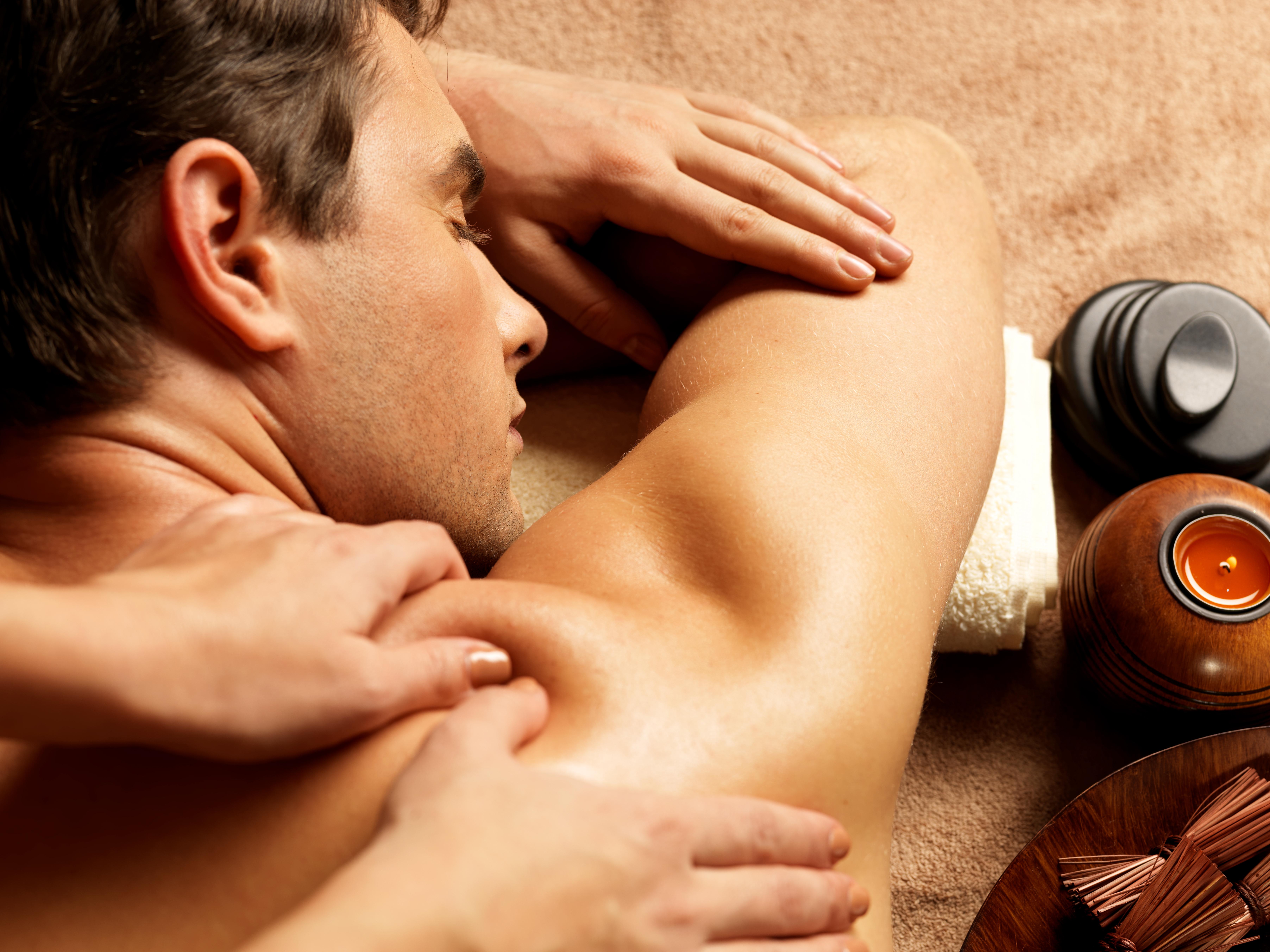 erotische massage aartselaar sexdate