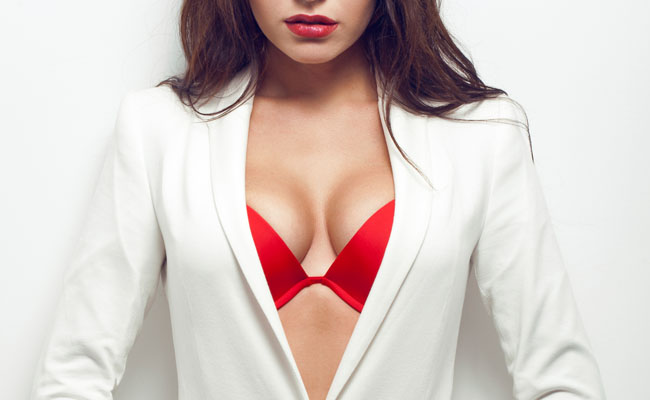 Operação de aumento em um peito de uma contra-indicação a realização