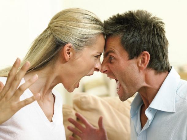 brigas de casal normal