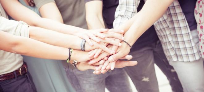 O prazer de quem é solidário é maior do que a gratidão de quem recebe o ato. Foto: Shutterstock