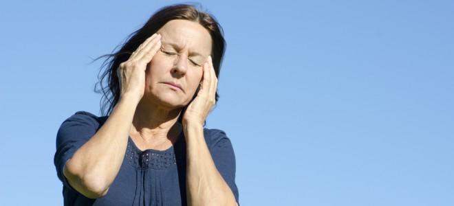 Algumas mulheres sofrem bruscas mudanças hormonais, podendo diminuir a libido. Foto: Shutterstock