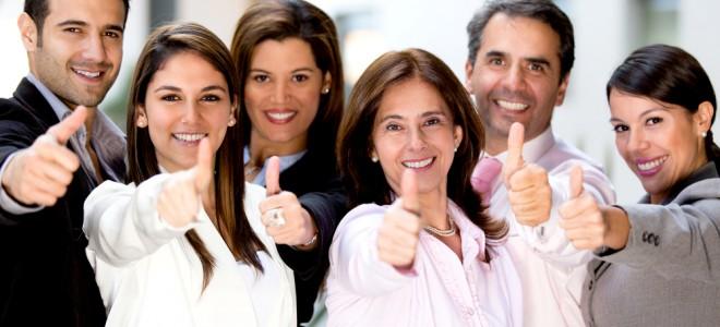 Pessoas otimistas sentem-se confiantes e isto serve como motivação para outras. Foto: Shutterstock