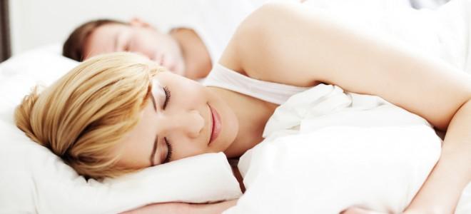 Oito horas de sono permitem ao seu corpo estocar energia para o próximo dia. Foto: Shutterstock