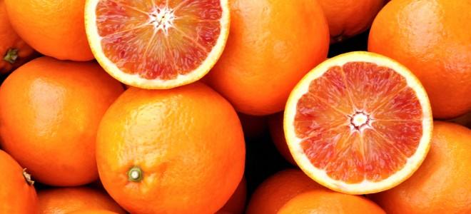 Consumir laranjas pode reduzir a incidência de câncer de pulmão e de estômago. Foto: Shutterstock