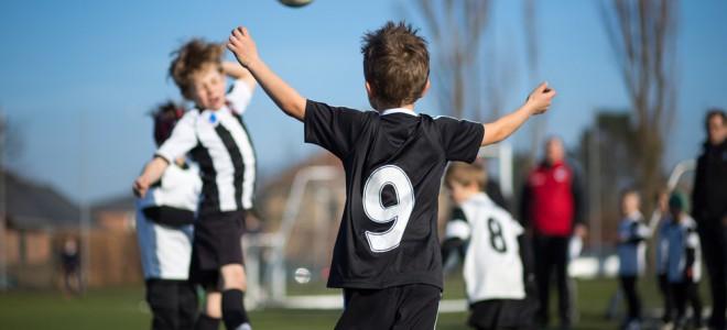 Ganhos físicos, psicológicos e até pedagógicos são comuns através do esporte. Foto: Shutterstock