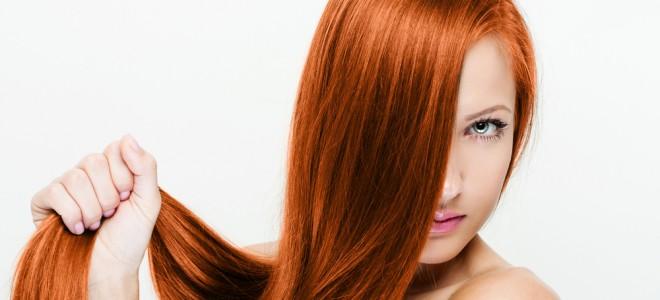 Adotar cuidados caseiros é importante para dar mais brilho aos seus cabelos. Foto: Shutterstock