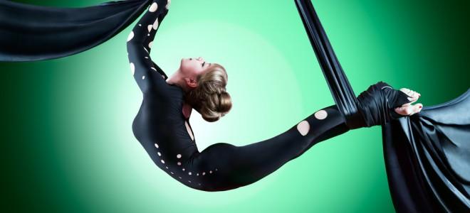 Exercícios inspirados em aulas circenses trazem benefícios ao corpo e à mente. Foto: Shutterstock