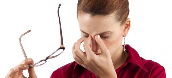 Uso cada vez maior de dispositivos tecnológicos pode ser causa da vista cansada. Foto: Shutterstock