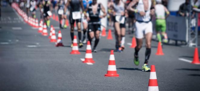 O triathlon é um esporte muito dinâmico, que reúne natação, ciclismo e corrida. Foto: Shutterstock