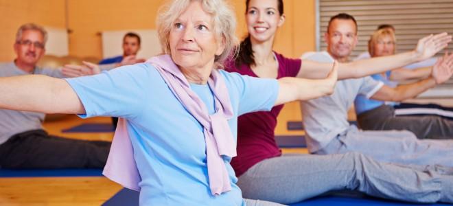 Pilates alivia dores, fortalece músculos, melhora o equilíbrio e a coordenação. Foto: Shutterstock