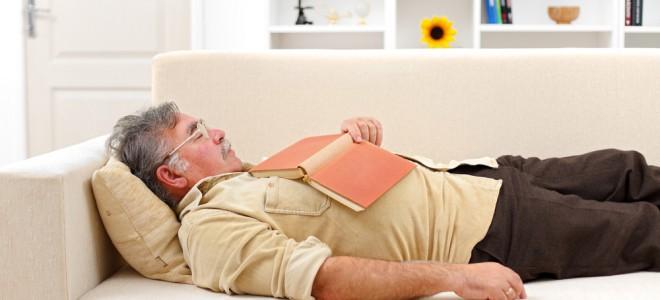 Com a falta de sono, o risco de desenvolver uma doença do coração cresce muito. Foto: Shutterstock