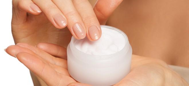 Na busca por clarear a pele, fique atenta aos produtos e métodos disponíveis. Foto: Shutterstock