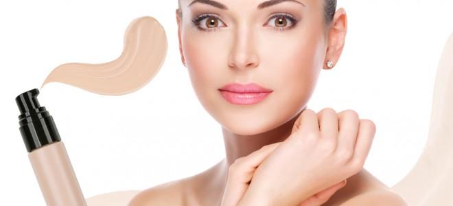 Mercado tem oferecido produtos de maquiagem com funções benéficas para a pele. Foto: Shutterstock