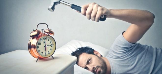 Ao pensar de uma maneira negativa, rotina do trabalho pode ser tornar problema. Foto: Shutterstock