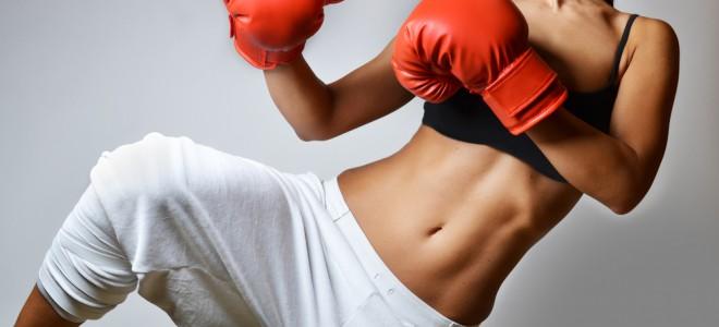 O treino do Muay Thai pode melhorar a velocidade, a resistência e a força. Foto: Shutterstock