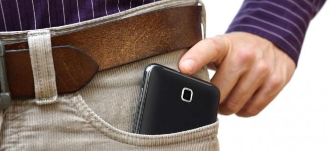 celular-no-bolso