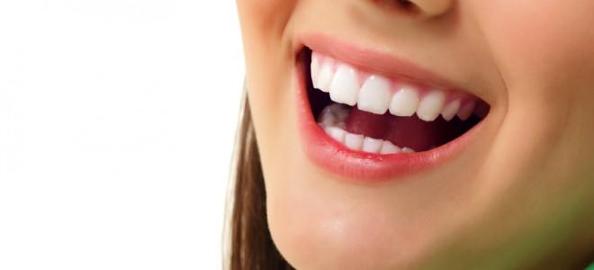 Conheca Os Riscos Do Clareamento Dental Caseiro