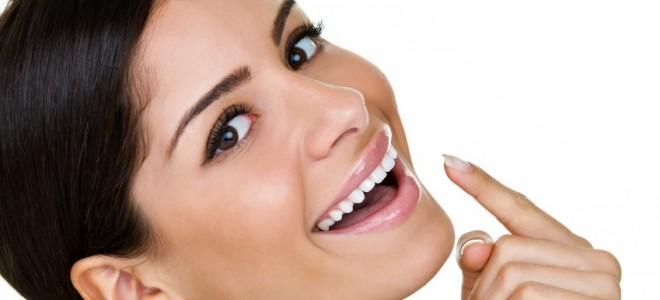 como-clarear-os-dentes
