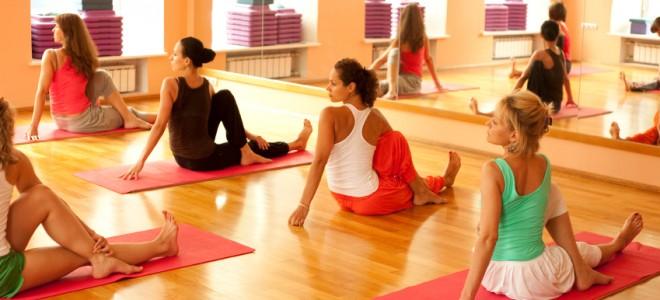 riscos-no-yoga