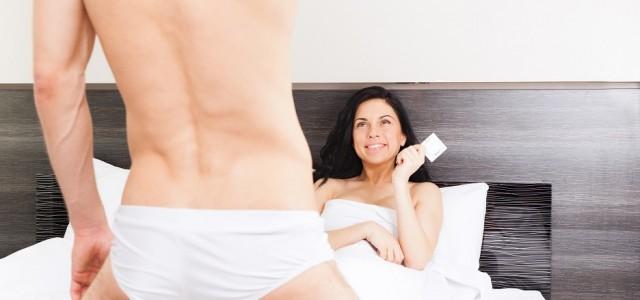 sexo oral com camisinha