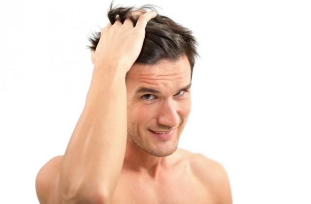 Pomada deixa o cabelo arrumado de maneira natural. Foto: iStock, Getty Images