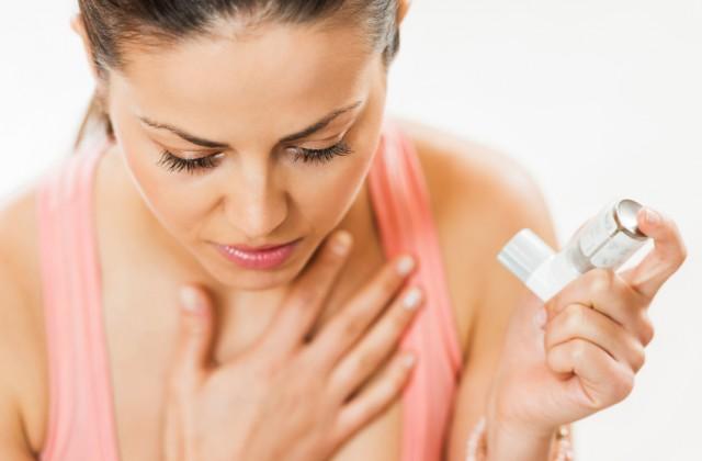Tabagismo e asma estão entre as principais causas da popular chiadeir. Foto: iStock, Getty Images