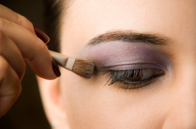 como maquiar os olhos