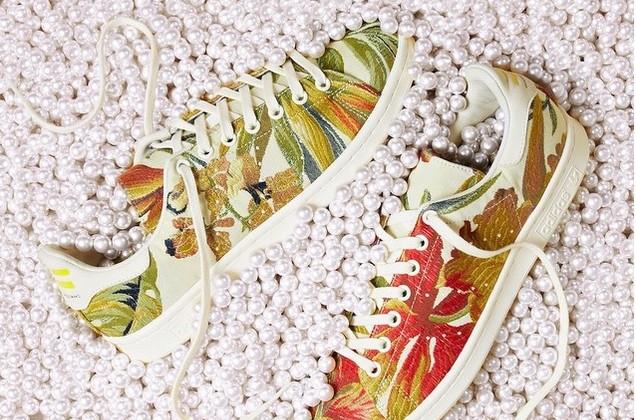 tênis colorido