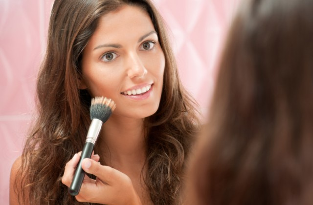 como se maquiar sozinha