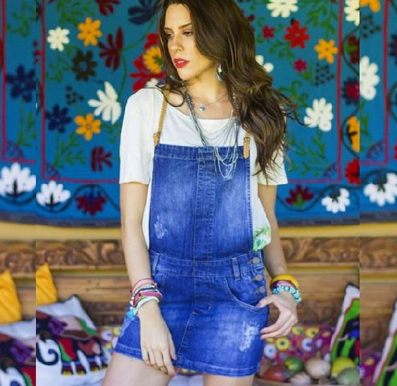 fc016f9662 Jardineira jeans  veja como montar look com a peça