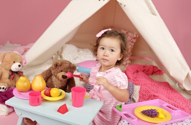 brinquedos para meninas doutíssima istock getty images