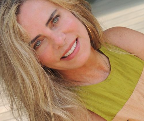 Bruna Lombardi - Foto: Facebook, Reprodução