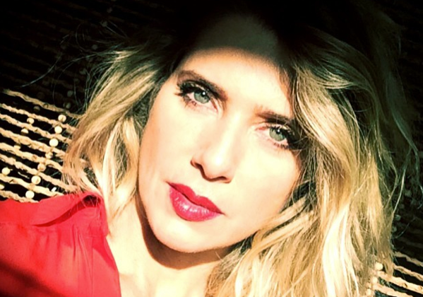 cabelo de Leticia Spiller - doutissima - Facebook página oficial
