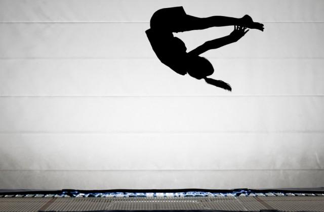 ginástica de trampolim doutíssima istock getty images