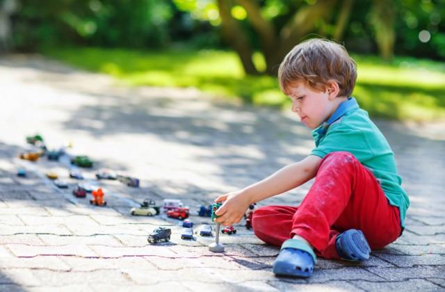 brinquedos para meninos doutíssima istock getty images