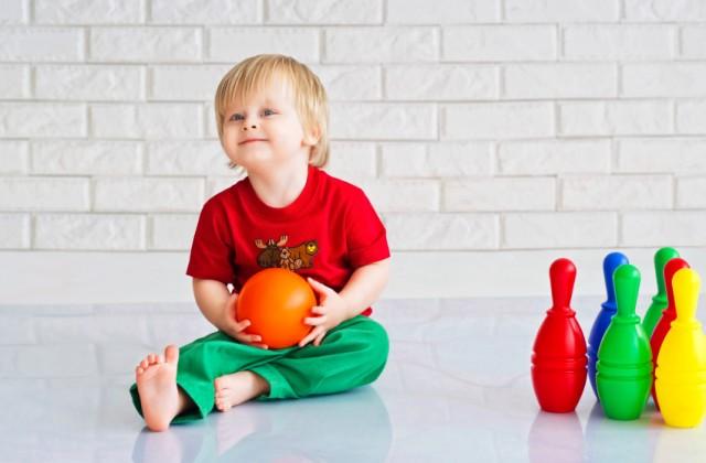 brinquedos para meninos - doutissima - iStock