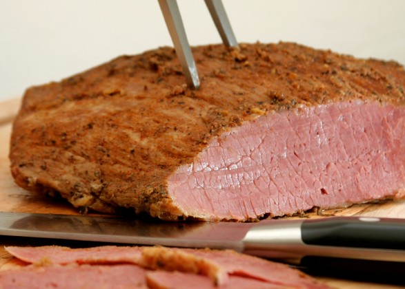 carne-defumada-Fortissima-iStock-Getty-Images