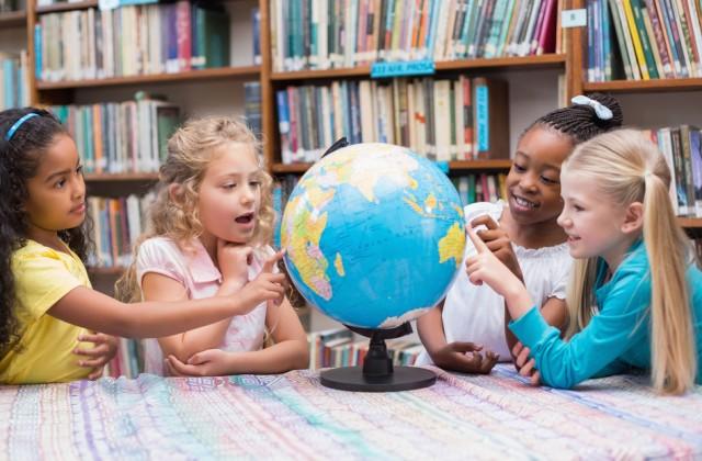 educacao-bilingue-doutissima-shutterstock