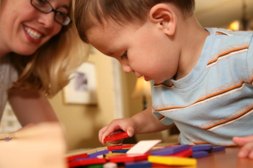 brinquedos-montessori-doutissima-istock-getty-images
