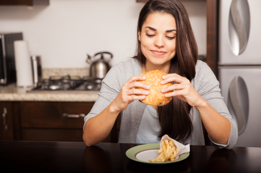 excessos alimentares doutíssima istock getty images