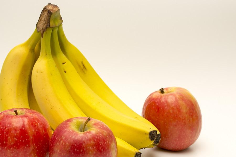 Frutas ajudam a reduzir os sintomas de TPM. Foto: iSotck/GettyImages