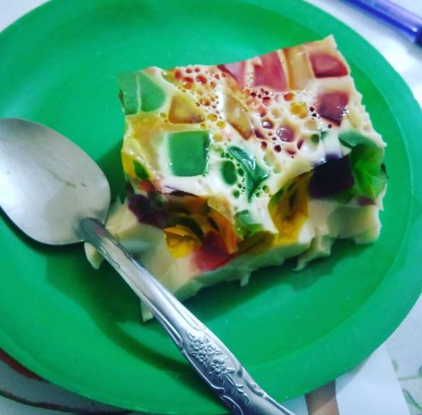 A gelatina mosaico é bastante colorida