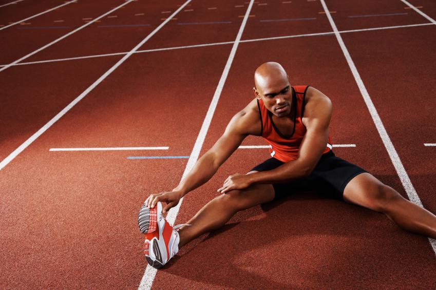 Homem seguindo o ritmo de vida de atleta.