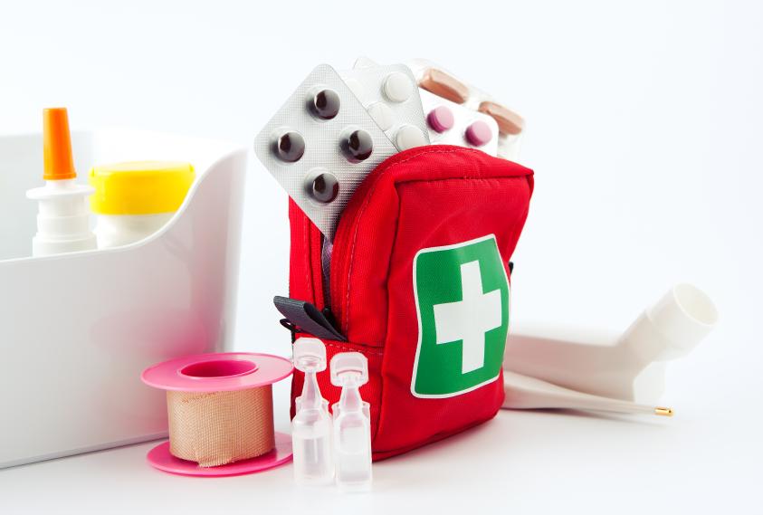 Resultado de imagem para kit farmacinha viagem